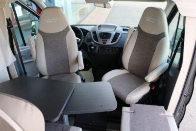 Ford Karmann Dexter 560 5 places