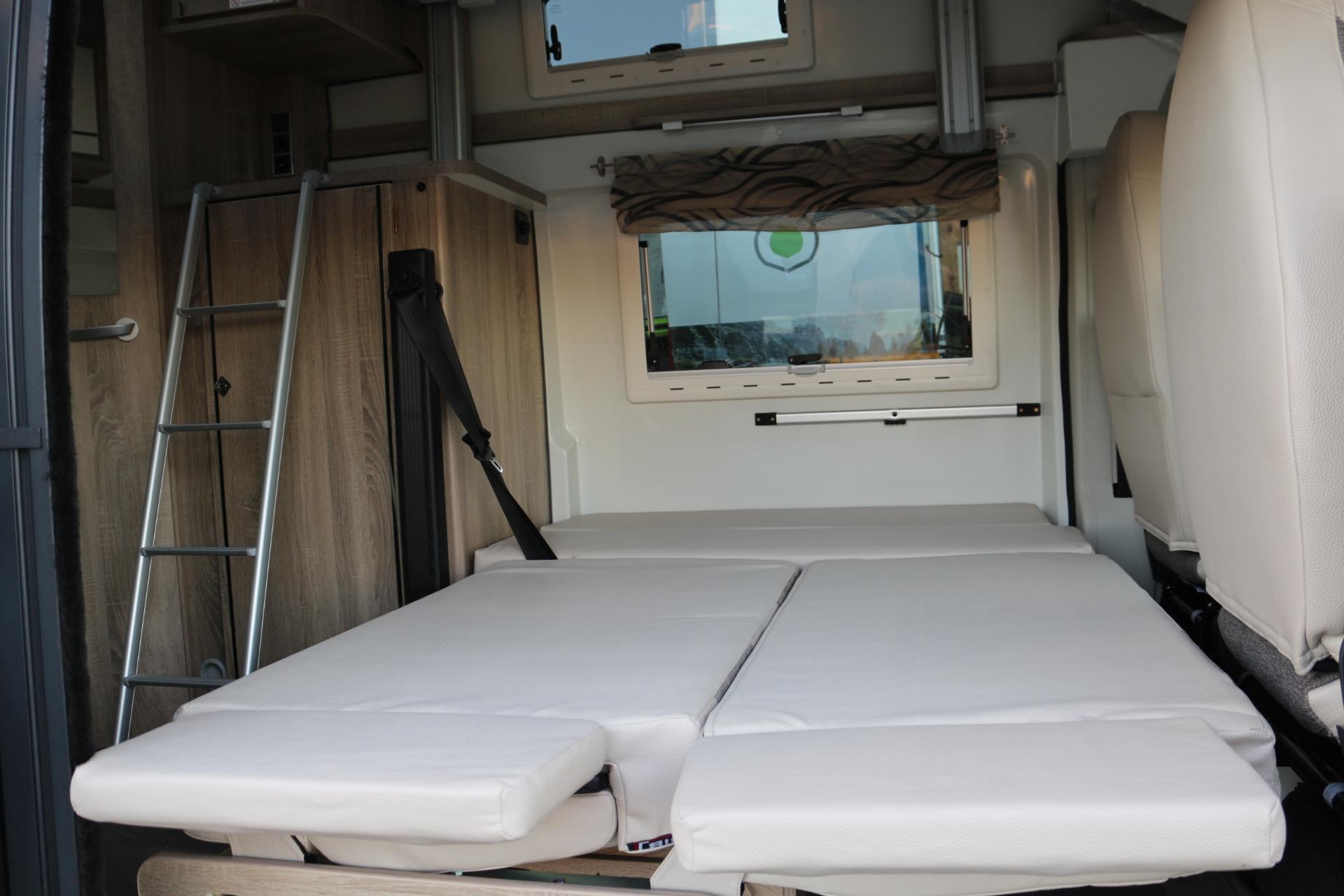 karmann dexter 550 blanca 12 catalunya van. Black Bedroom Furniture Sets. Home Design Ideas