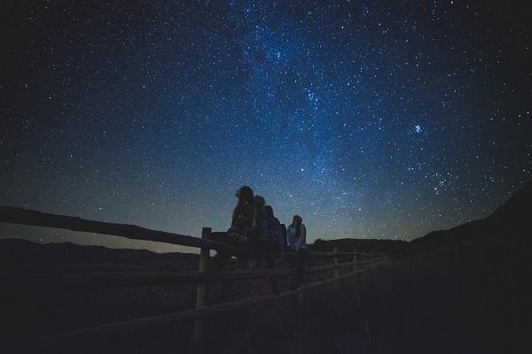 Surt amb Camper i compta estels