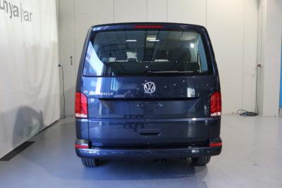 Volkswagen Caravelle T6.1 DSG 150cv